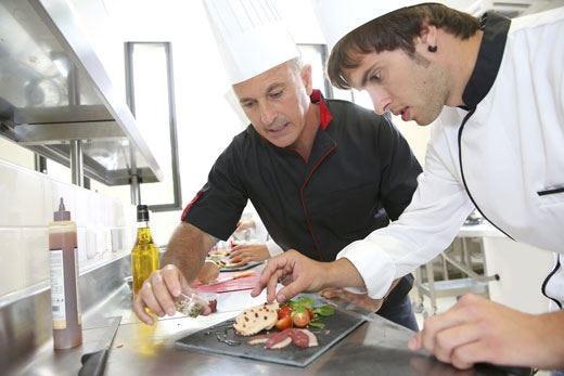 Nelle scuole svolta su cibo e turismo +18% gli iscritti agli istituti alberghieri