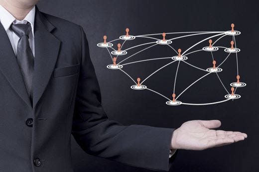 """Le imprese della modernità """"liquida"""" Fornitori e clienti alle prese col web 2.0"""