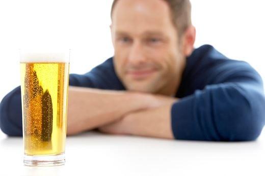 Schiuma, trasparenza e colore I parametri per l'analisi visiva della birra