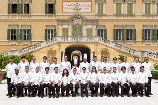 Alma tecniche di cucina italiana al via il corso con 27 studenti