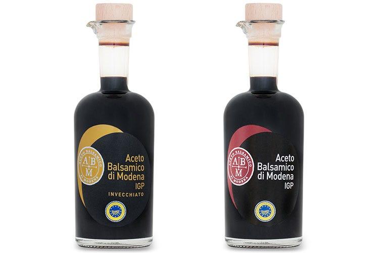 Anche un ampio ricettario con prodotto principe l'Aceto balsamico di Modena - L'aceto Balsamico si racconta Bottura: «Cambia con il tempo»