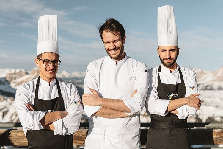 Ad Arabba sci e buona cucina Menu a tempo durante le discese