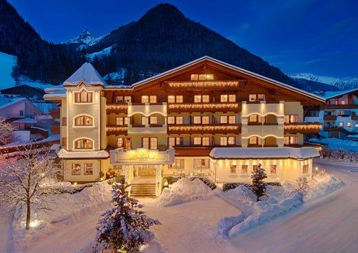 Alpenschl ssl linderhof in valle aurina atmosfera - Hotel valle aurina con piscina ...