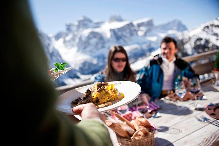 Alta Badia, enogastronomia sulla neve La stagione riparte con Gourmet Skisafari