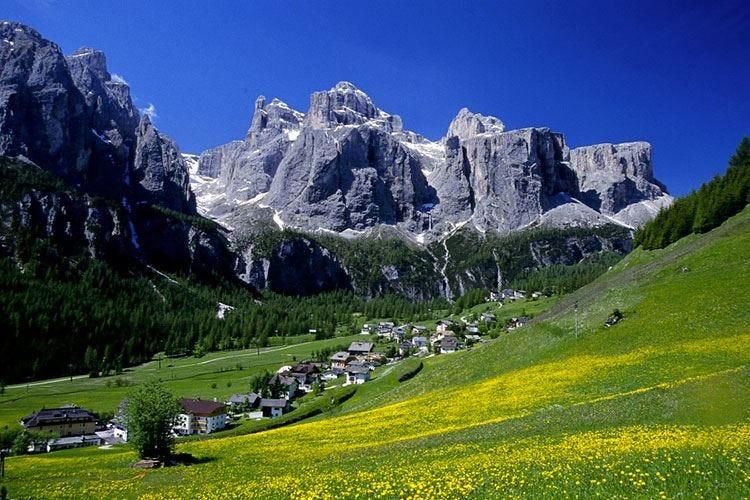Al via l'estate ladina dell'Alta Badia tra gite in quota e vecchi mestieri