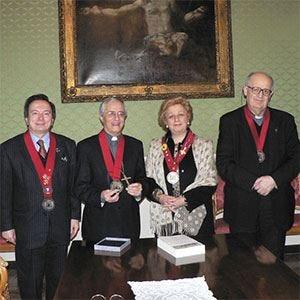 Amici della Tavola, al vescovo Ambrosio il Nastro Bordeaux ad Honorem