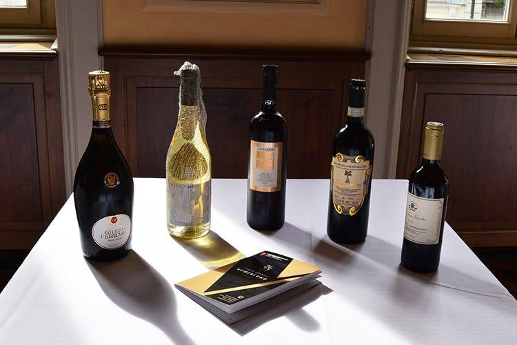 I vincitori sono stati svelati all'interno della Milano Wine Week - Anteprima Guida Veronelli Svelati i 5 migliori assaggi