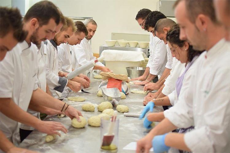 Tecniche di lavorazione della farina A Milano il corso per professionisti