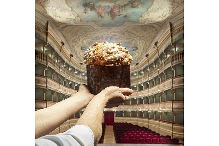 Il panettone di Baldessari al Teatro di Rovereto - Il Panettone semplice di Baldessari Inno al piacere della quotidianità