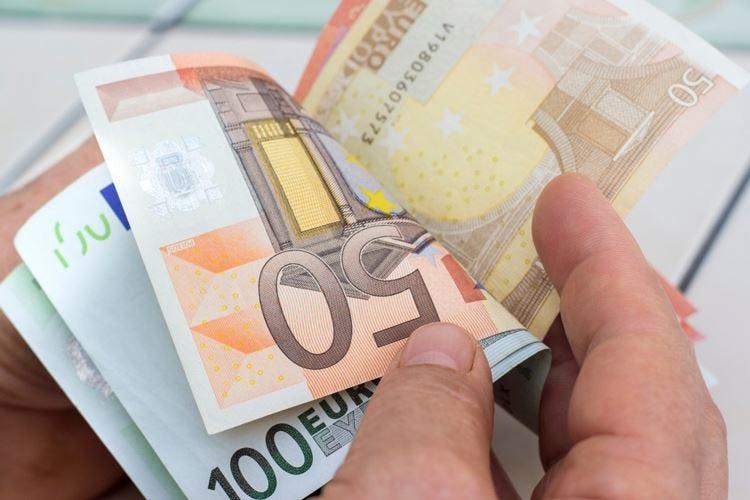 Gli autonomi possono sorridere Entro il 17 aprile ecco i 600 euro