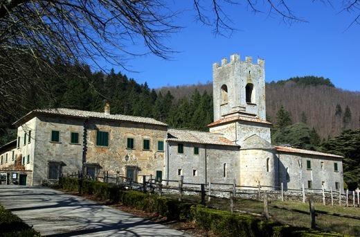 Badia a Coltibuono nel ChiantiAgriturismo, b&b e wine resort