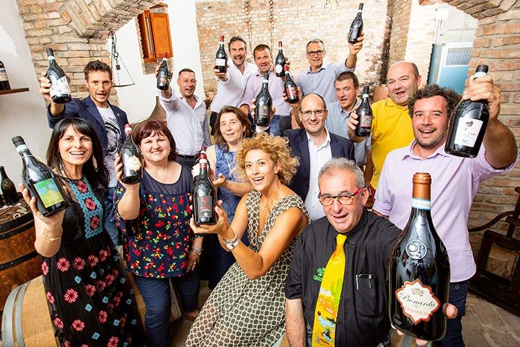 """La """"mossa perfetta"""" dei produttori di Bonarda in Oltrepò Pavese (Bonarda, la mossa perfetta piace ai wine lovers italiani)"""