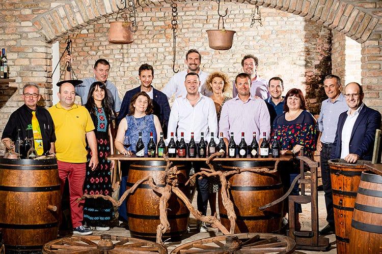 Attualmente sono 16 le aziende agricole socie del Distretto che partecipano al progetto Bonarda dei Produttori (Bonarda, la mossa perfetta piace ai wine lovers italiani)