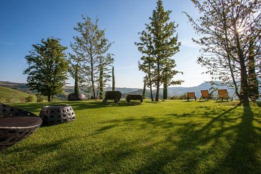 L'estate al Boscareto Resort & Spa con i benefici dei trattamenti Aveda