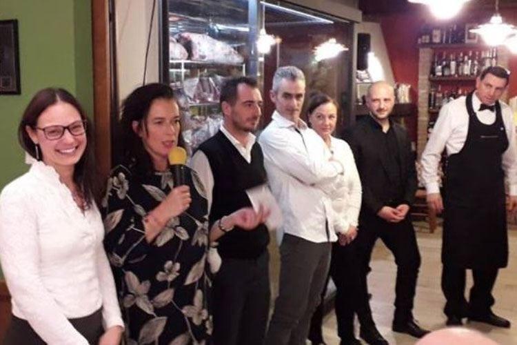 """Cena benefica alla Trattoria Falconi Fondi donati alla onlus """"Voce e Persona"""""""
