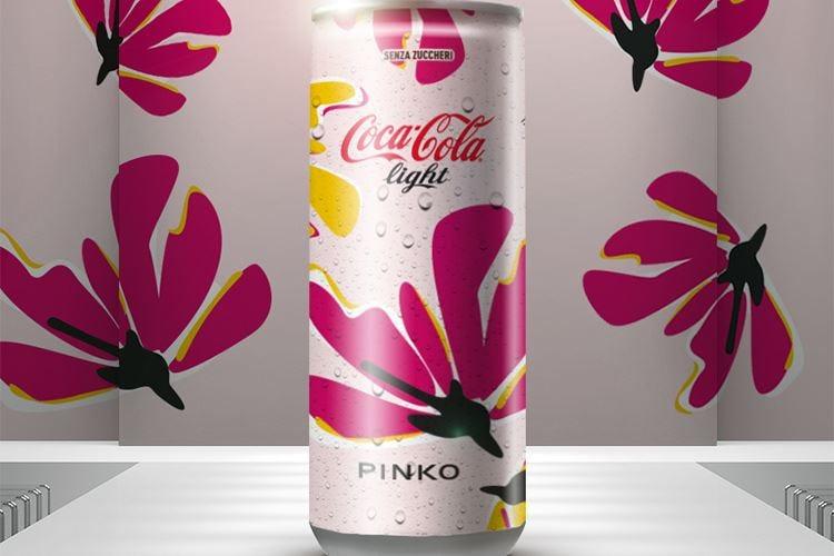 Coca-Cola veste Pinko e sui social è un successo!