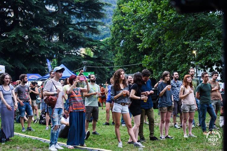 Birra artigianale del lago di Como Torna il festival Como Always Hop