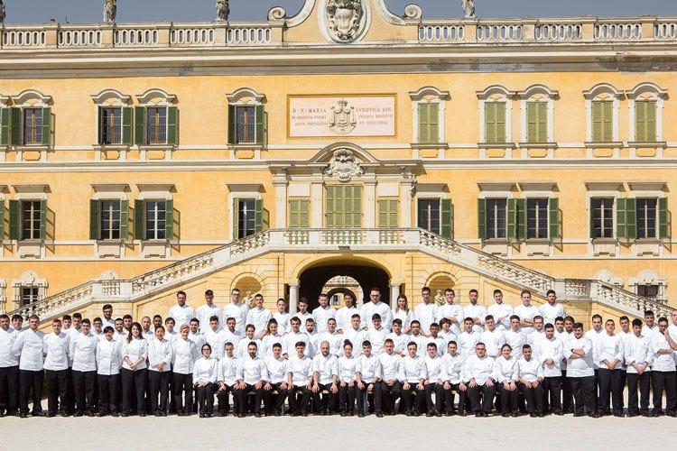 Corso superiore di cucina italiana 80 allievi iscritti alla 38 edizione ad alma italia a tavola - Corso cucina italiana ...