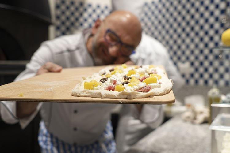 """""""Così Fa"""" Antonino Esposito A Milano la gioia della pizza"""