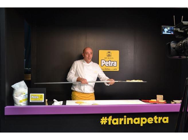 Cristian Marasco, il segreto della pizza?  96 ore di lievitazione e prodotti di qualità