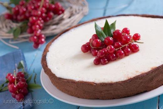 Crostata al cacao con crema di fragole e ganache al cioccolato bianco - GLUTEN FREE