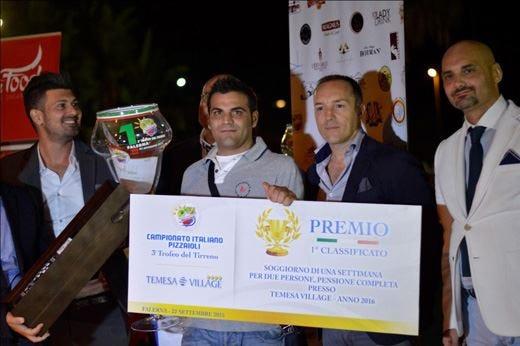 A Davide Biancardi il Trofeo del Tirrenodel Campionato italiano pizzaioli