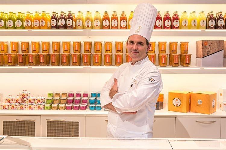 Il pasticcere Denis Dianin svela i segreti per preservare l'aroma del caffè nei dolci