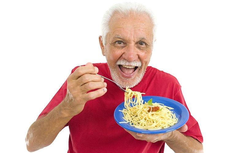 Record di over 100 per l'Italia Il merito va alla Dieta mediterranea