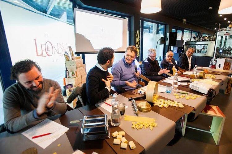 Dieta mediterranea e genuinità Una tavola rotonda per fare informazione