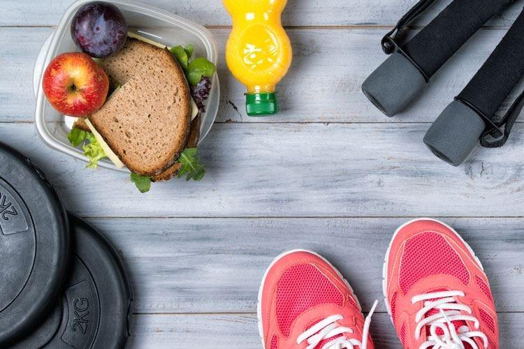 Dieta sana, niente fumo ed esercizio fisico Abitudini che allungano la vita di 10 anni