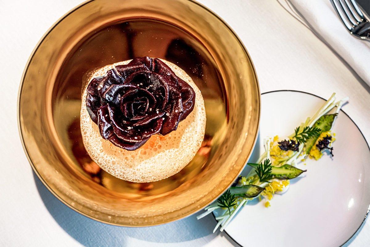 Rosa di Gorizia, salmerino e asparagi Rosa di Gorizia, salmerino e asparagi