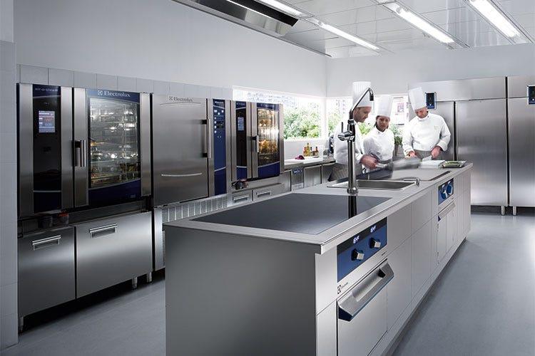 Gli aspiranti cuochi di MasterChef Italia cucinano con le ...