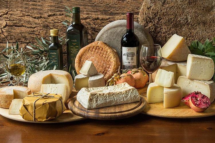 Cucina tradizionale toscana e sarda alla Fattoria Lischeto a Volterra