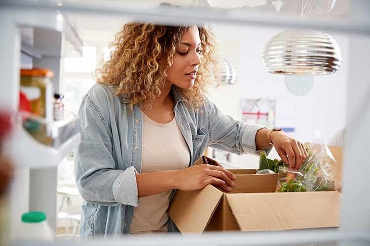 Coronavirus, Fipe su nuove misure: «Il food delivery deve continuare»