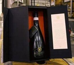"Forster's lancia ""Crown ambassador reserve lager"", la birra più cara al mondo"