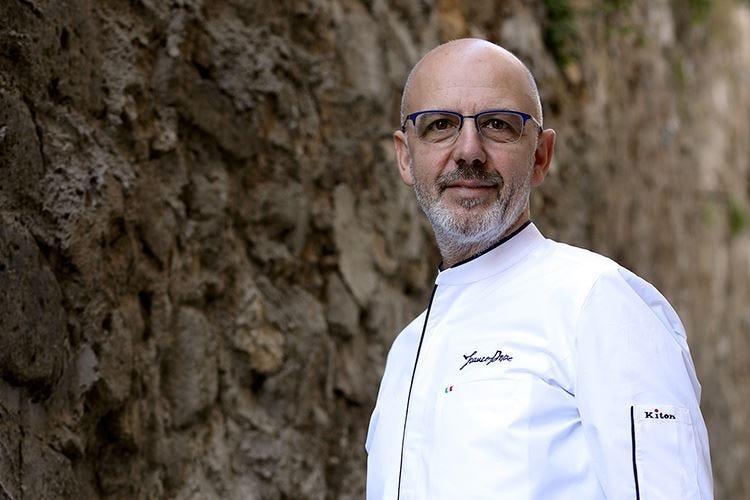 """Franco Pepe riapre il 2 giugno In giardino tre """"tavoli del silenzio"""""""