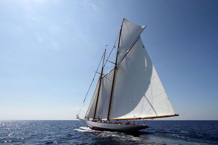 """Yachts a Imperia per """"Vele d'Epoca"""" Frantoio di Sant'Agata partner dell'evento"""