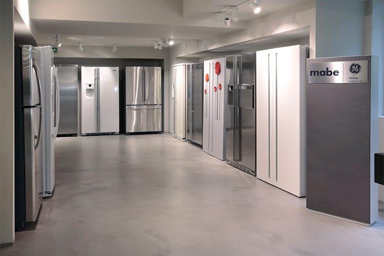 Nel nuovo showroom di Frigo 2000 i grandi marchi... a misura di ...