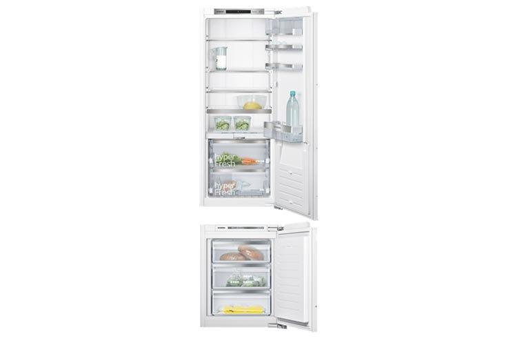 Frigorifero e congelatore siemens con modularfit in un for Frigorifero e congelatore