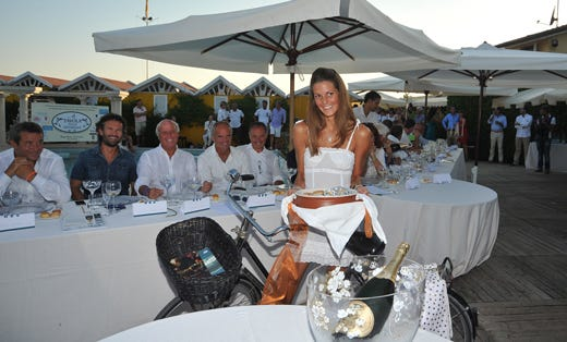 A tavola sulla spiaggia a forte dei marmi per riscoprire la tradizione italia a tavola - Bagno piemonte forte dei marmi ...
