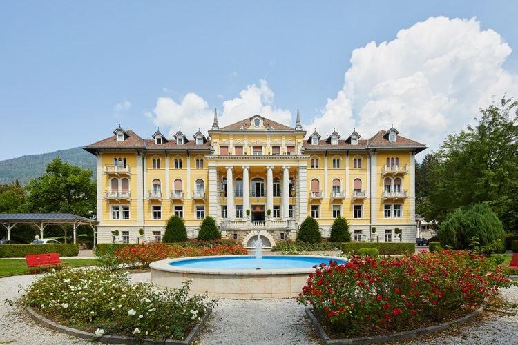 Grand Hotel Imperial a Levico Terme La natura tra Forest therapy e benessere