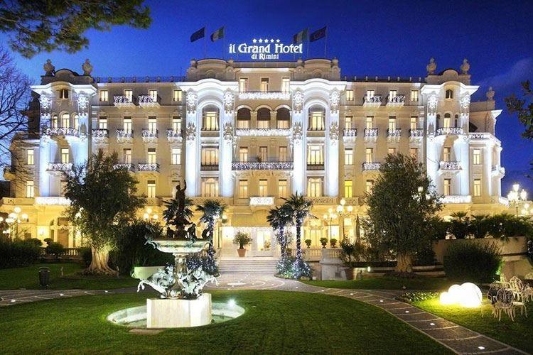 Grand Hotel Rimini, un faro in Riviera L'ospitalità secondo la Famiglia Batani