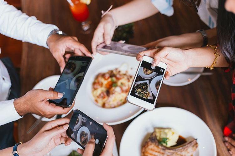 Grazie a web e food delivery i giovani scoprono la cucina