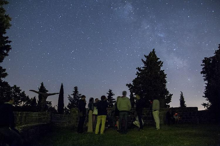 Grigliate astronomiche nella notte del Castello di Petroia