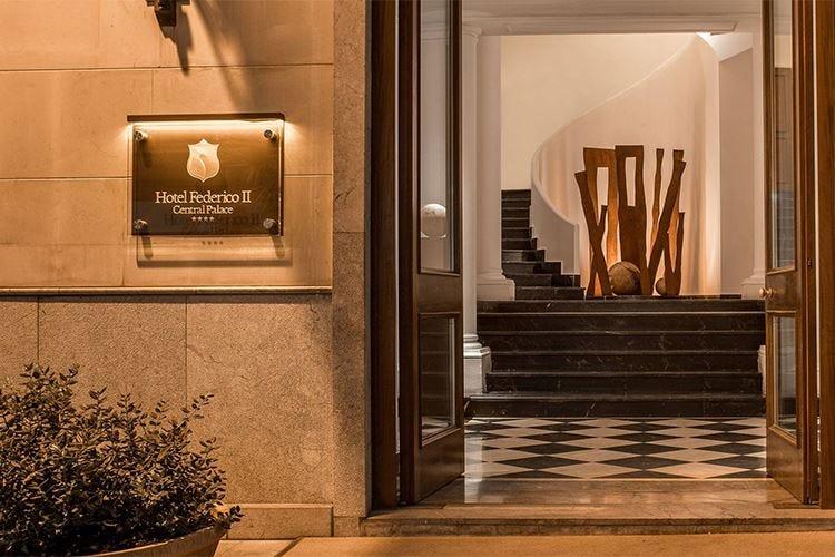 Hotel Federico II Central Palace L'eleganza nel cuore di Palermo