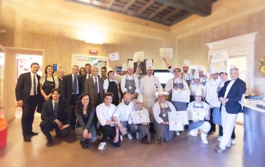 Chiude con successo il corso professionale di cucina italiana targato ifse italia a tavola - Corso cucina italiana ...