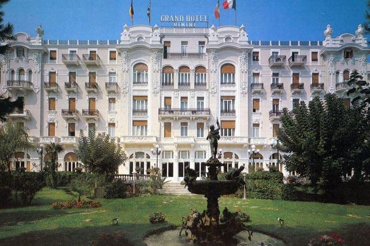 Il Grand Hotel di Rimini festeggia 110 anni Il fascino di una struttura senza tempo