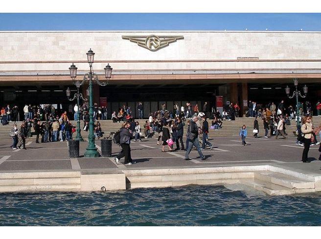 Il Mercato Centrale diventa food truck e quest'estate la passa a Venezia