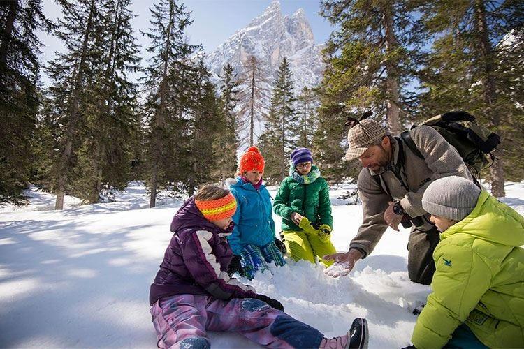 L'inverno nei Familienhotels in Alto Adige Natura e neve... a misura di bambino