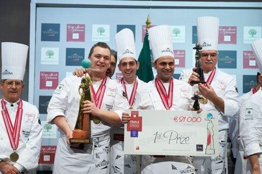 La squadra italiana vince a Lione la Coppa del mondo di pasticceria